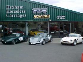 http://www.hhcsportscars.co.uk/wp-content/uploads/2012/10/hillclimbgroup2_1227282398.jpg